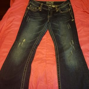 Womens Miss Me Jeans. Inseam 33